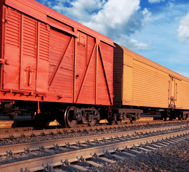shutterstock_132413555_TrainCars