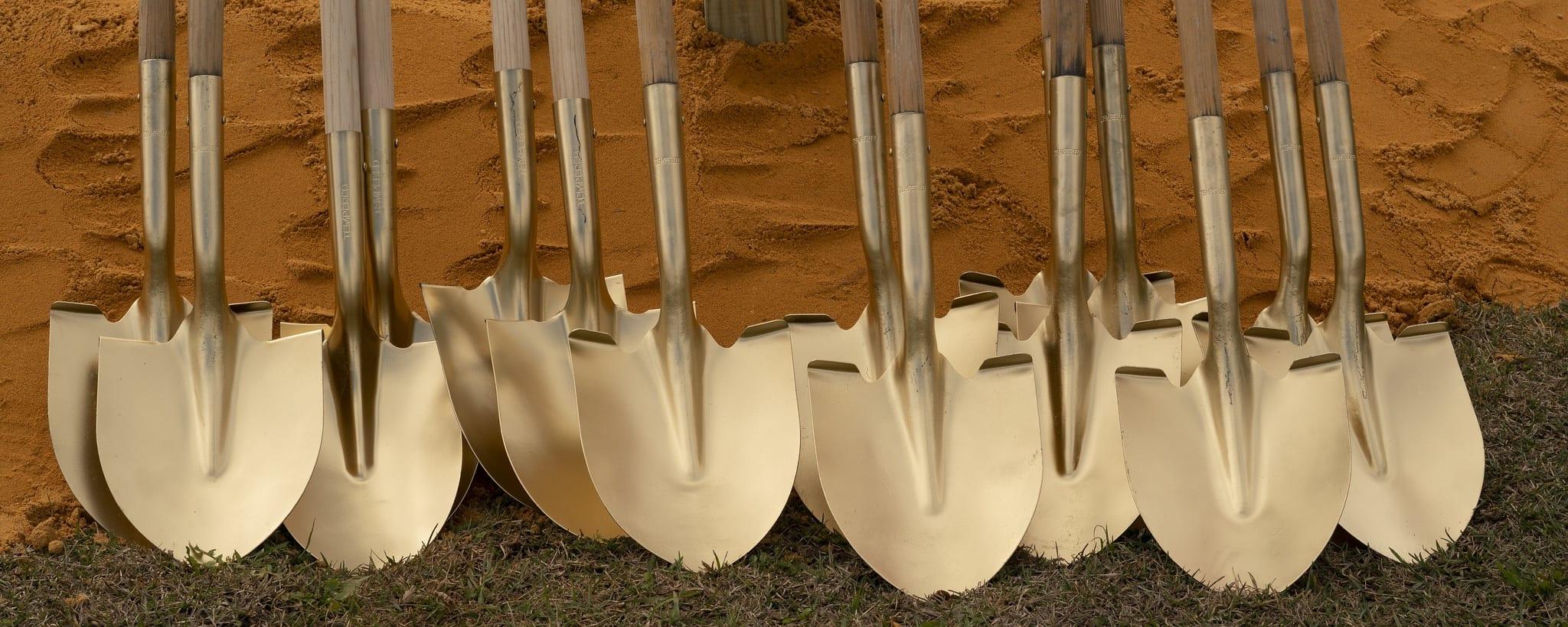 Coastal-Growers-Shovels